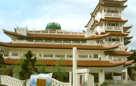 Bao Ern Shih Temple